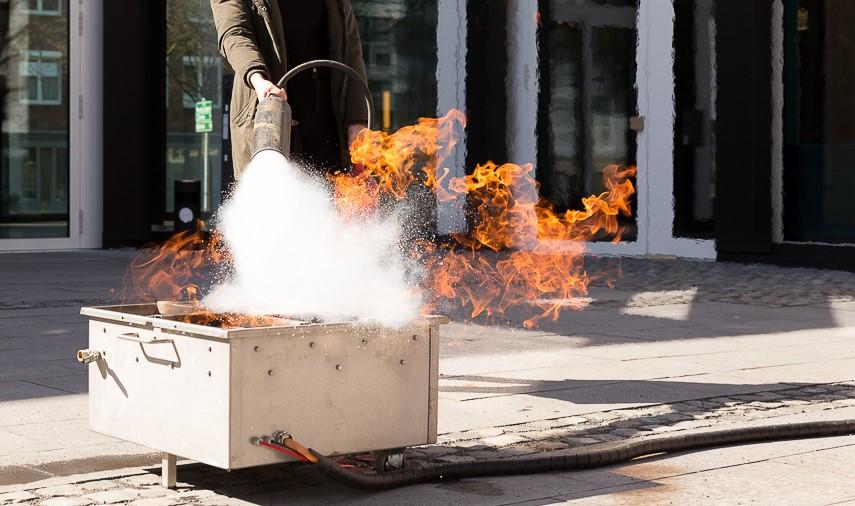 Feuerlöscher im Einsatz